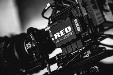 Filmy reklamowe dla małych i średnich przedsiębiorstw – postaw na profesjonalne wykonanie