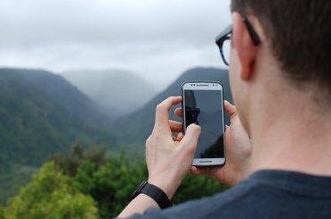 Smartfony z najlepszymi aparatami - TOP 3 modeli idealnych na wakacje