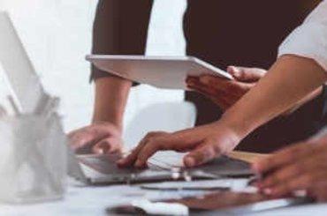 Nowe stanowisko organów podatkowych w sprawie kwalifikowania do kosztów podatkowych wydatków na artykuły spożywcze dla zleceniobiorców