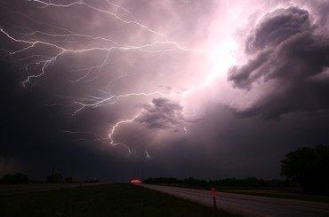 Jak fotografować burzę?