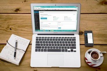 Jaki hosting wybrać i domenę do strony internetowej lub bloga - Poradnik
