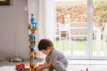 Jakie klocki dla dziecka? Jak wybrać klocki spełniające oczekiwania?