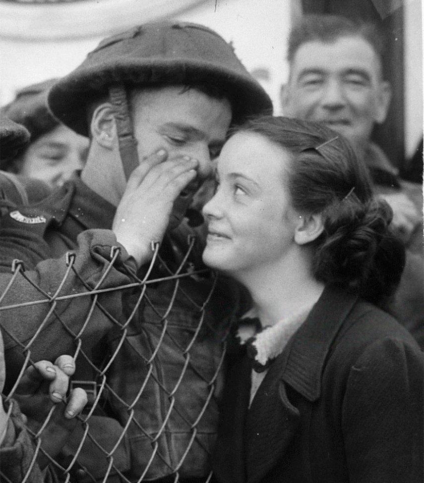 old-photos-vintage-war-couples-love-romance-56-5735a178485ac__880
